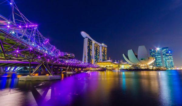 Singapore Skyline - The Expat Money Show